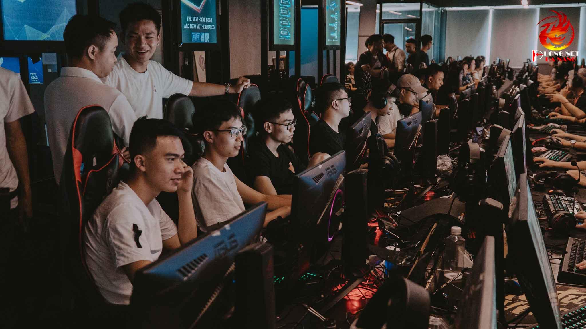 lap-dat-phong-game-net-50-may-tai-thanh-pho-da-nang-phongnetdanang.com-6